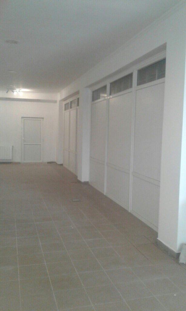 Торговий зал 1-поверх